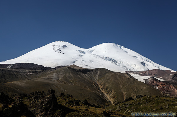 How long does it take to climb Elbrus?